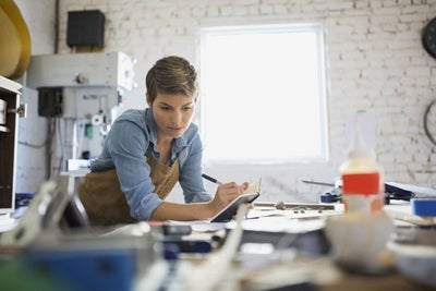 3 Ways Doing Your Day Job Well Helps Launch Your Dream Business