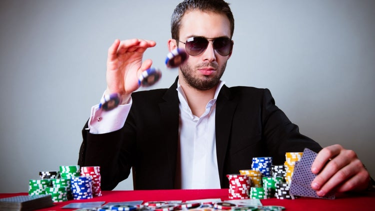 4 Tricks for Negotiating Like a Poker Pro