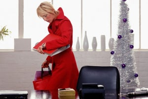 10 Bad Holiday Habits You Must Break