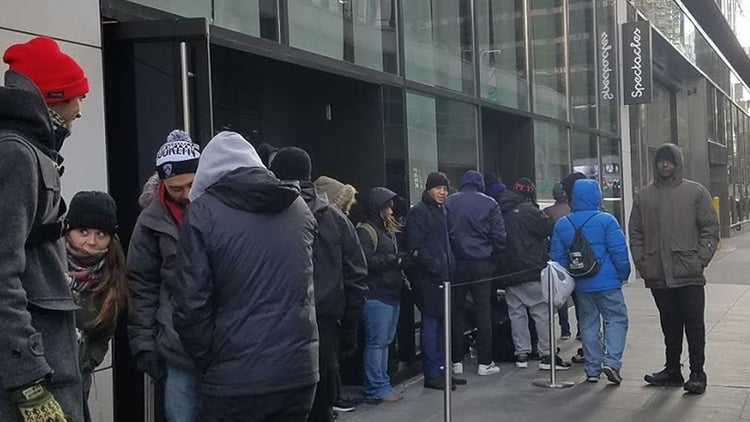 People Want the Snapchat Spectacles So Bad They'll Stand in the Cold for Hours in Midtown NYC