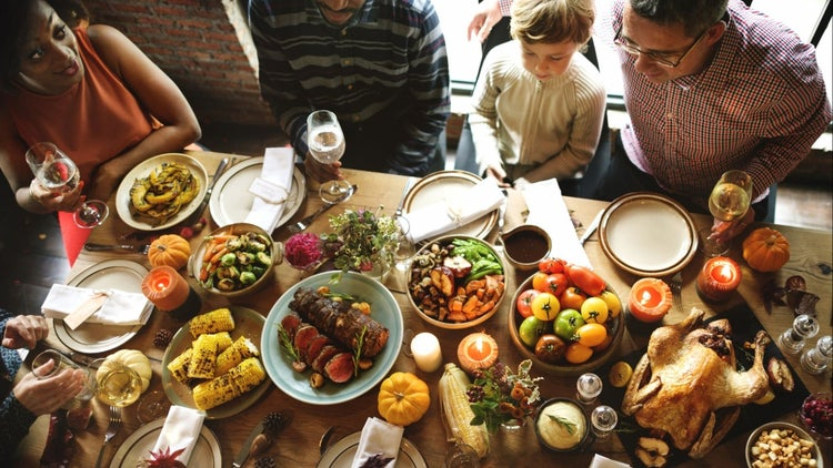 12 Ways to Steer the Conversation So Everyone Is Happy on Thanksgiving