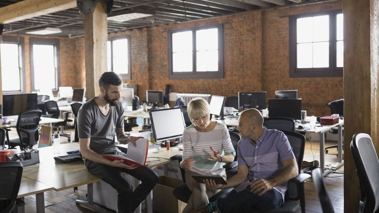 How Entrepreneurs Can Help Their Startup Communities Get More Funding