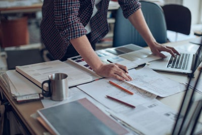 6 Fractious Workplace Habits to Ditch in 2017