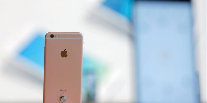 Apple Says iPhone 6 Battery Fires in China Likely Caused by External Factors