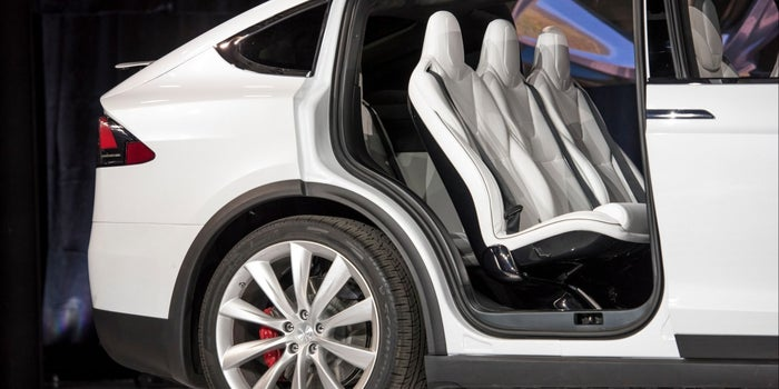 Why Tesla Is Opening Showrooms Where Cars Can't Be Purchased