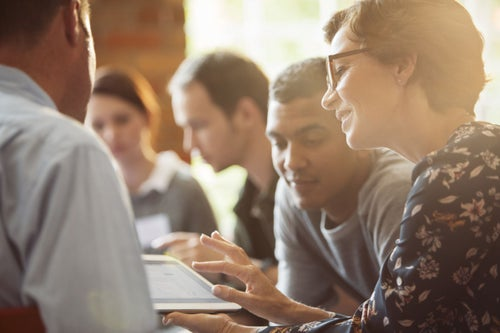 3 Ways Entrepreneurs Can Use Their Community to Grow Their Business