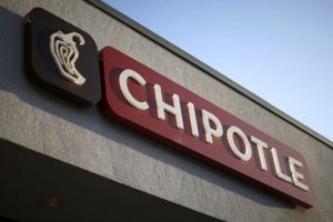 Chipotle Founder Ells Takes Over as Sole CEO at Burrito Chain