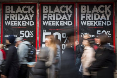 Were Stores or Mobile Sales More Successful on This Year's Black Frida...