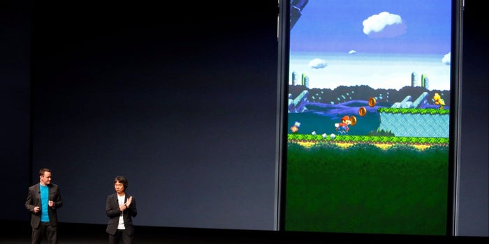 Nintendo in Risky Mobile Games Push With Paid Super Mario Launch on iPhones