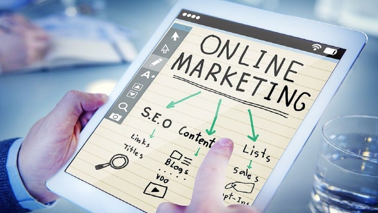8 Experts Predict The Digital Marketing Trends For 2017