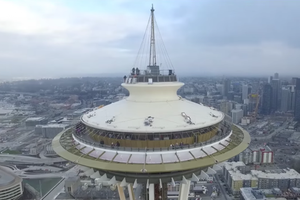 Watch Incredible Footage of a Drone Crashing Into Seattle's Space Needle