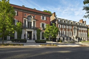 5 Fun Facts About Jeff Bezos's New D.C. Home