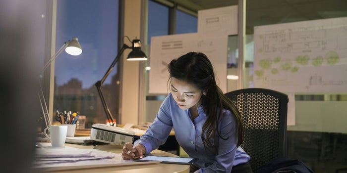 Single Ladies Are More Likely to Downplay Career Goals, Study Finds