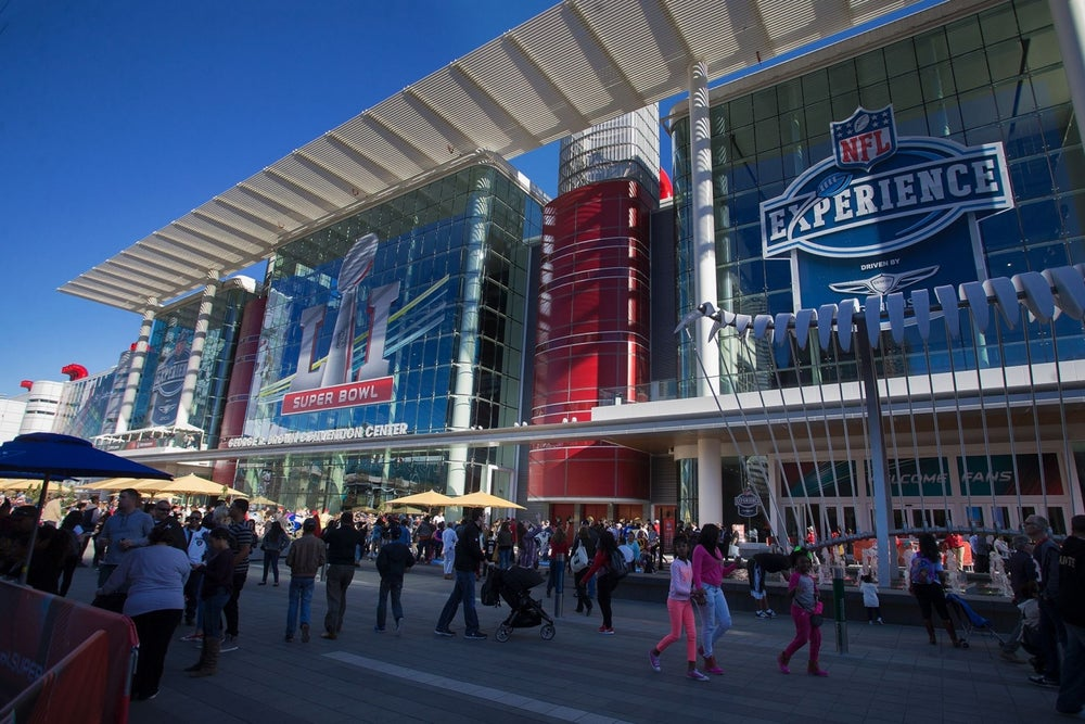 Does it Pay to Release Super Bowl Ads Before the Game?