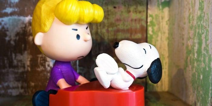 Snoopy y Charlie Brown buscarán nuevo licenciatario