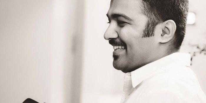 Meet Akshay Sathaye, the Sharp 'E-Commerce' Shooter