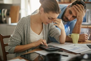 5 Small Financial Mistakes that Can Lead to a Major Cash Crisis