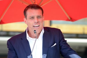 Tony Robbins Describes the Top Traits Found in Truly Coachable People
