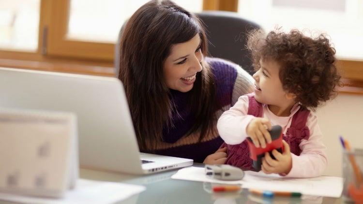 ¿Qué son las Community Moms? Esta es la nueva tendencia empresarial