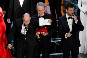 Watch Incredible Oscars Ending Best Picture Mess Up