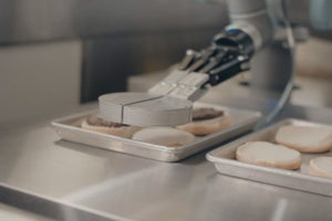 Burger-Flipping Robot Has Its First Day on the Job in California