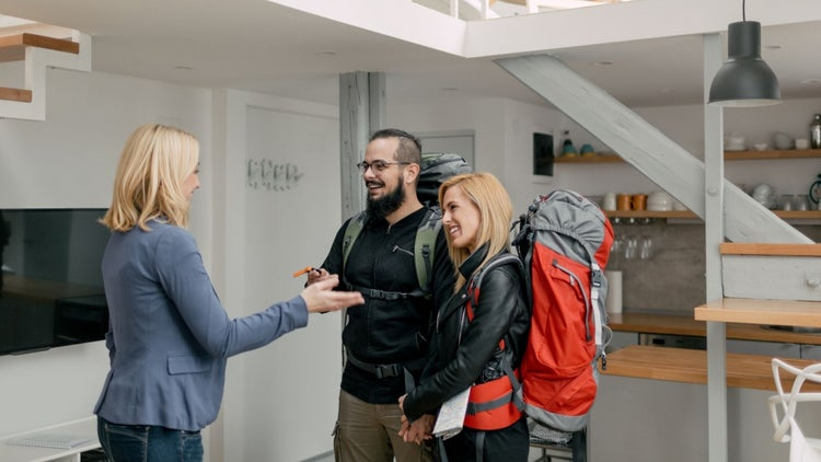 10 Hosting Options Beyond Airbnb