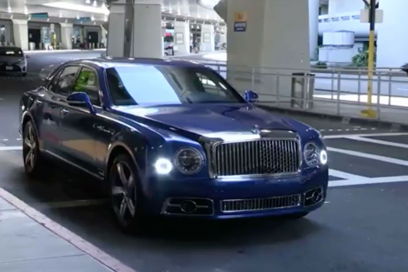What Happened When I Test Drove a $350,000 Bentley Mulsanne