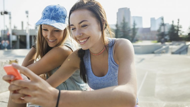 These Are the Brands Teens Think Are the Coolest, According to Google