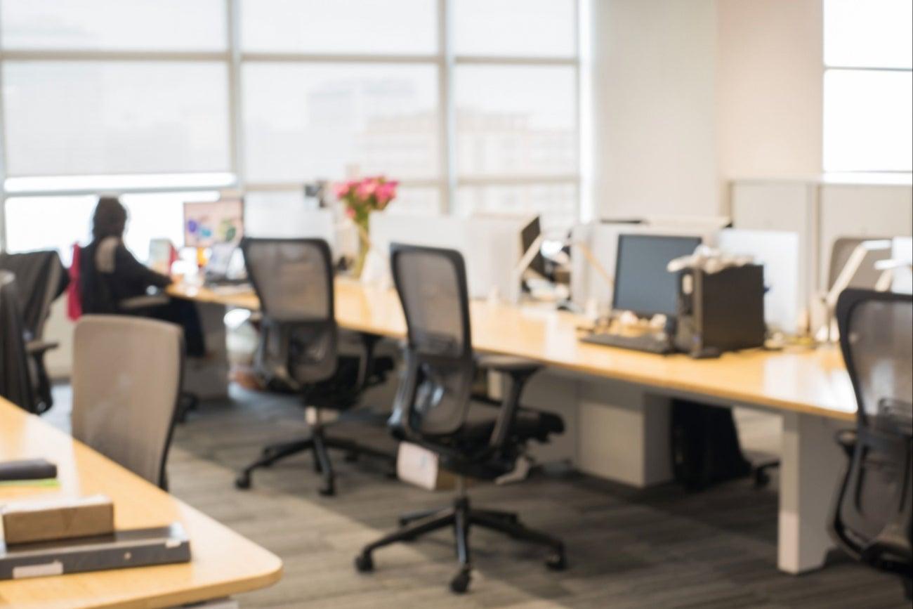 8 preguntas para elegir una oficina for Mobiliario en una oficina