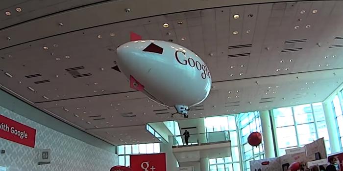 """VIDEO: El cofundador de Google tiene una """"aeronave"""" secreta"""