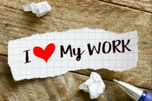 5 pasos para encontrar un empleo que ames