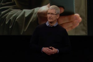 Apple Pledges $1 Billion to Support Manufacturing Jobs in the U.S.