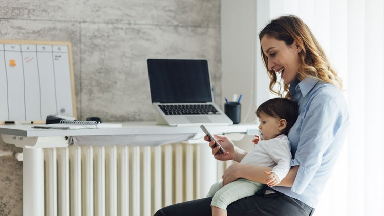 For Mother's Day, Check Out These Statistics on Mompreneurs (Infographic)