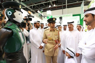 The World's First Robot Police Officer Just Debuted in Dubai
