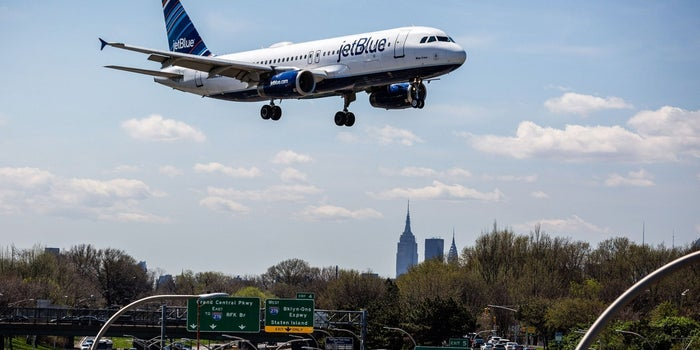 Lessons From a JetBlue Founder on Creating a High-Flying Startup Culture
