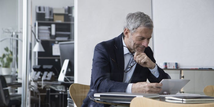 How Older Entrepreneurs Can Turn Age to Their Advantage