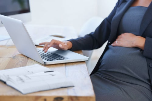 Calling All Expectant Entrepreneur Moms: Here's a New Way to Pay for Your Maternity Leave