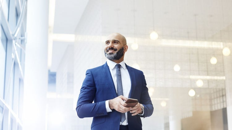 11 Qualities of Super Successful People (Infographic)