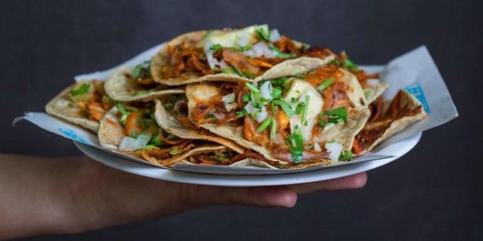 Uber y El Tizoncito rompen el récord Guinness de más tacos servidos
