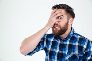 Los 4 errores más estúpidos que la gente comete con el dinero