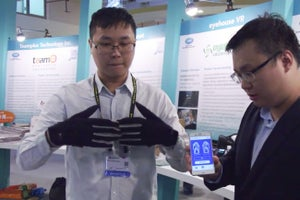 These Subtle Smart Gloves Turn Sign Language Into Words