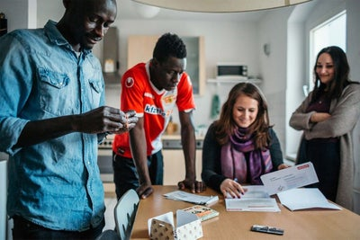 Airbnb Pilot Connects Refugees and Evacuees With Housing