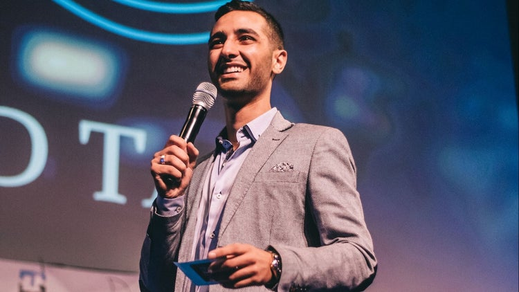 This Young Intern Is Light Years Ahead of Some Older Entrepreneurial Peers. Here's Why.