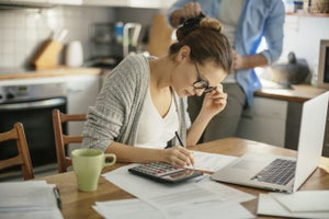 4 Money Habits That Separate Building Wealth From Just Making a Living