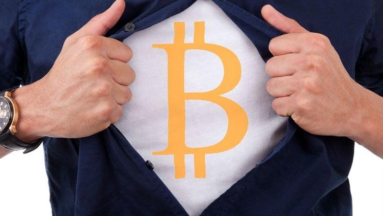 Millennials: Estos son los riesgos de invertir en bitcoin y ether