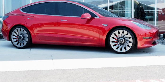 Tesla Will Deliver the First 30 Model 3s on July 28