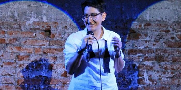 ¿Emprender con una escuela de stand-up comedy? ¡Atrévete!
