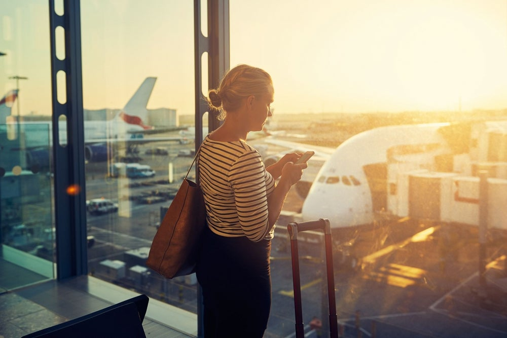 Wi-Fi or Cell? Here's What Travelers Should Use at Airports Across North America.