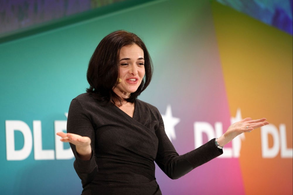 A Day in the Life of Sheryl Sandberg, Who Uses an Old-School Notebook, Likes 'Bad TV' and Goes to Bed Before 10