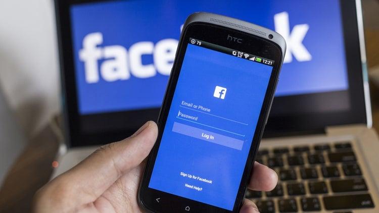 Grandparents Love Facebook, Teens Not So Much